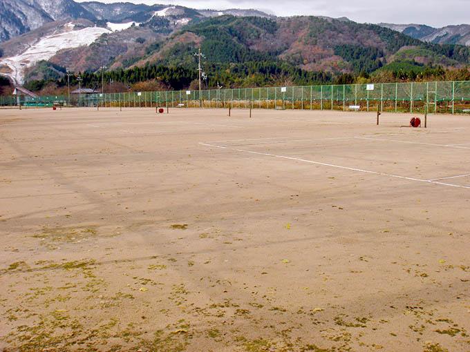 神鍋ローンテニスコート
