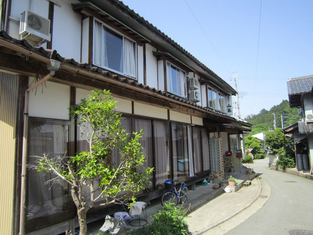民宿 山麓(さんろく)